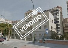 Mixed use building  for sale in Málaga, La Malagueta